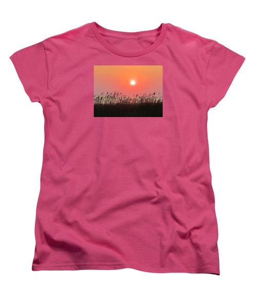 Women's T-Shirt (Standard Cut) featuring the photograph Sunset At The Beach by Cynthia Guinn