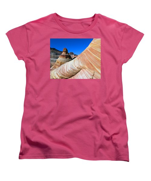 'the Wave' North Coyote Buttes 10 Women's T-Shirt (Standard Cut) by Jeff Brunton