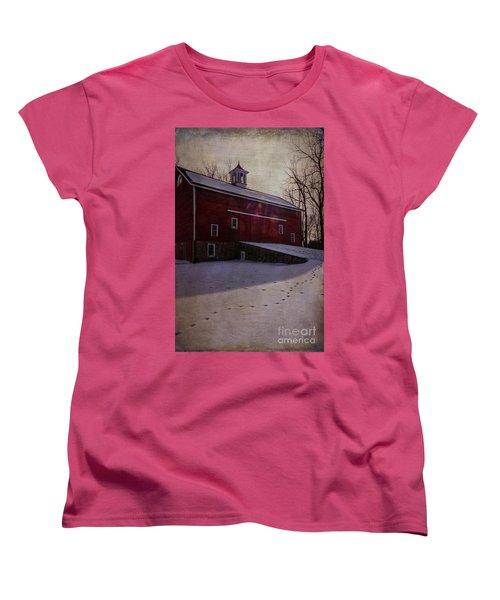 Women's T-Shirt (Standard Cut) featuring the photograph Tinicum Barn In Winter by Debra Fedchin