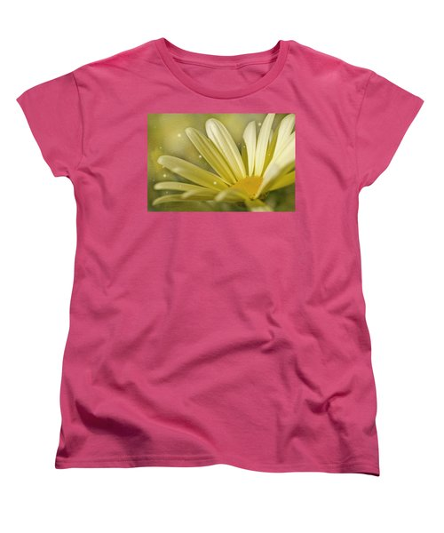 Women's T-Shirt (Standard Cut) featuring the photograph Yellow Daisy by Ann Lauwers