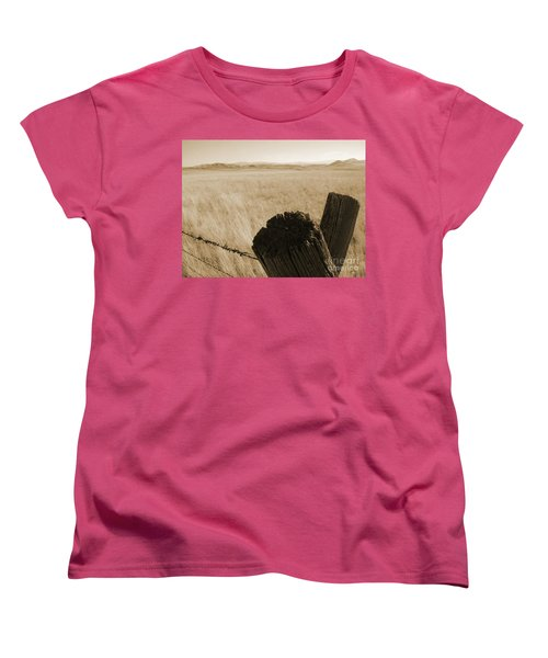 Montana Vista Women's T-Shirt (Standard Cut) by Bruce Patrick Smith