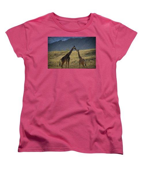 Women's T-Shirt (Standard Cut) featuring the photograph Desert Palm Giraffe 001 by Guy Hoffman
