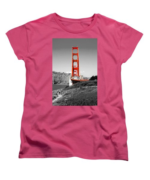 Golden Gate Women's T-Shirt (Standard Cut)