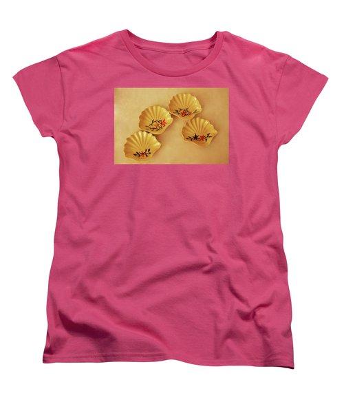 Little Shell Plate Women's T-Shirt (Standard Cut) by Itzhak Richter