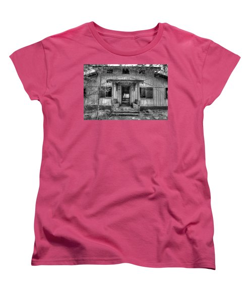 Women's T-Shirt (Standard Cut) featuring the photograph This Old House by Mike Eingle