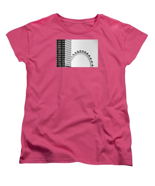 London Eye Women's T-Shirt (Standard Cut) by Joana Kruse