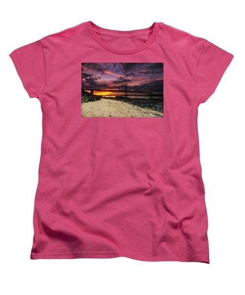 Forth Road Bridge Women's T-Shirt (Standard Cut)