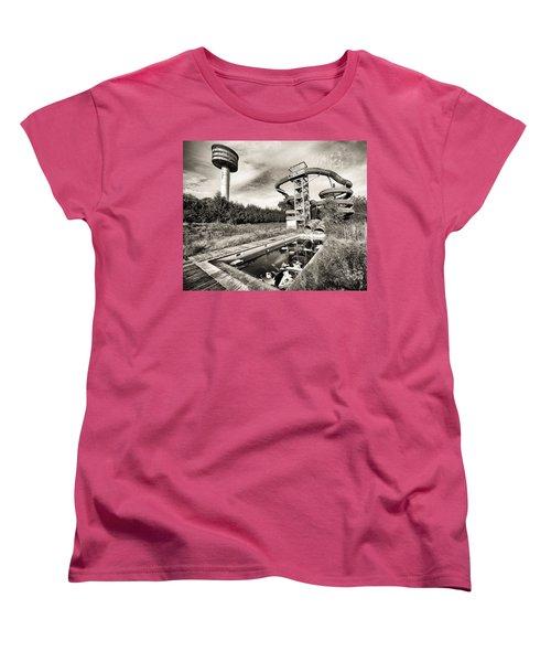 abandoned swimming pool - Urban decay Women's T-Shirt (Standard Cut) by Dirk Ercken