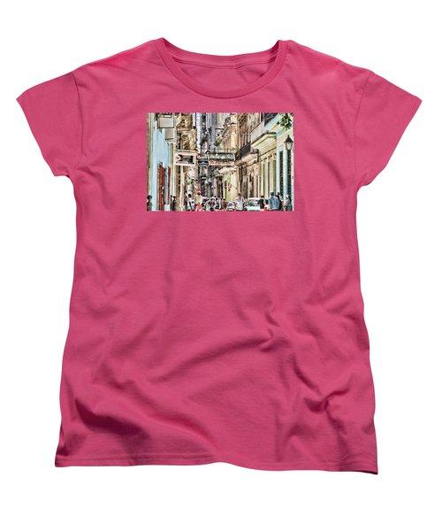 Aire Acondicionado Women's T-Shirt (Standard Cut)