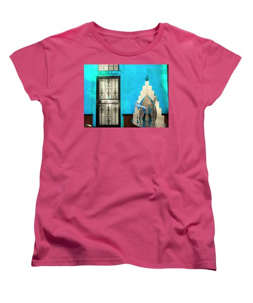 An Artsy House In Brooklyn New York  Women's T-Shirt (Standard Cut) by Funkpix Photo Hunter