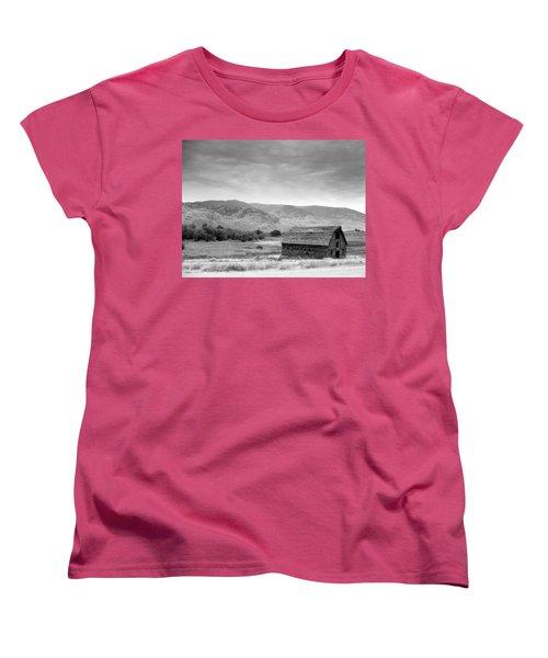 An Old Barn Women's T-Shirt (Standard Cut) by Mark Alan Perry