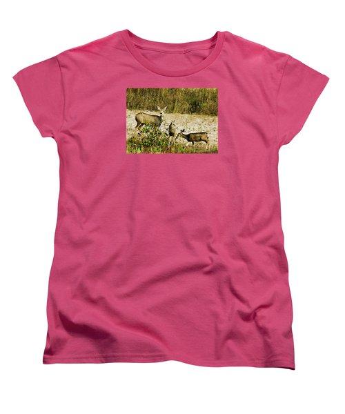 Mule Doe And Her Twins Women's T-Shirt (Standard Cut) by Bill Kesler