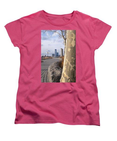 Battery Park Women's T-Shirt (Standard Cut) by Henri Irizarri
