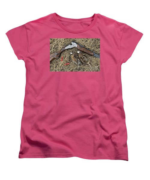 Beretta 28 Gauge - D005559 Women's T-Shirt (Standard Cut) by Daniel Dempster