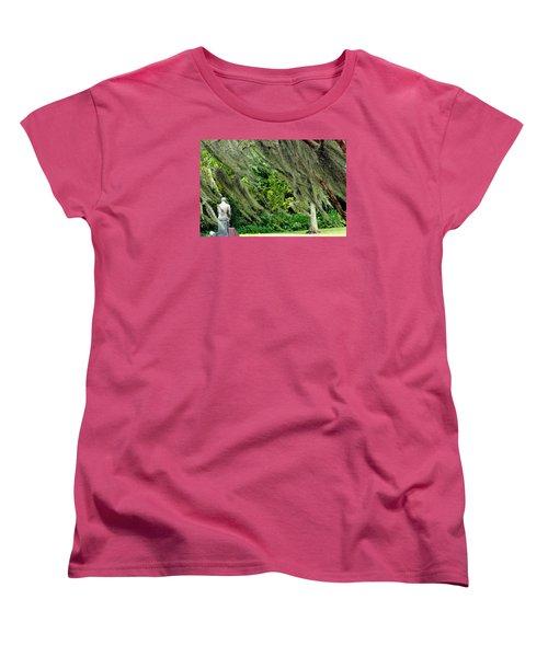 Women's T-Shirt (Standard Cut) featuring the photograph Brownwell Memorial Park by Helen Haw