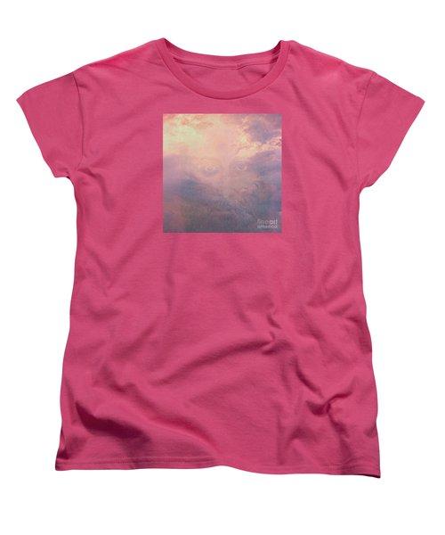 Can You See Him? Women's T-Shirt (Standard Cut)