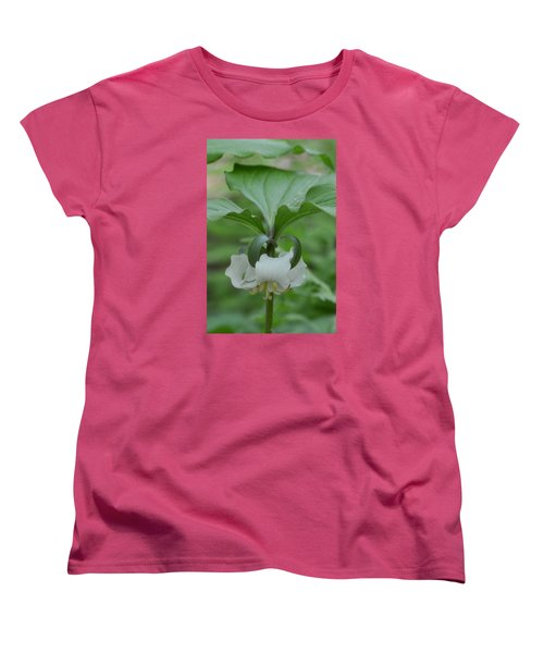 Women's T-Shirt (Standard Cut) featuring the photograph Catesby Trillium by Linda Geiger