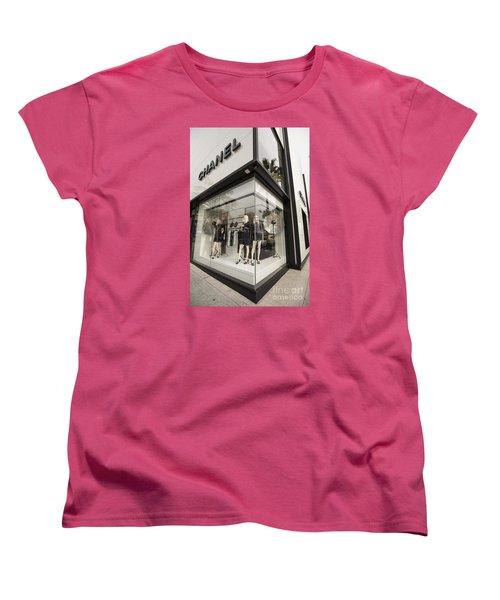 Chanel Women's T-Shirt (Standard Cut) by David Bearden