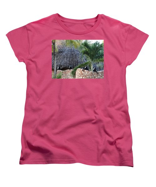 Colobus Monkey Resting On A Wall Women's T-Shirt (Standard Fit)