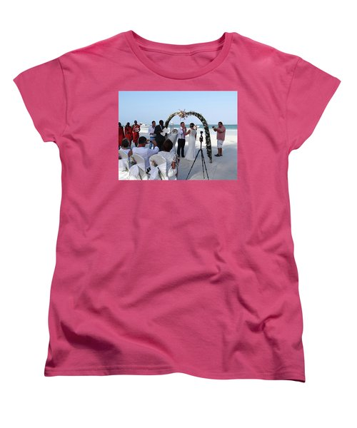 Commitment On The Beach In Kenya Women's T-Shirt (Standard Fit)
