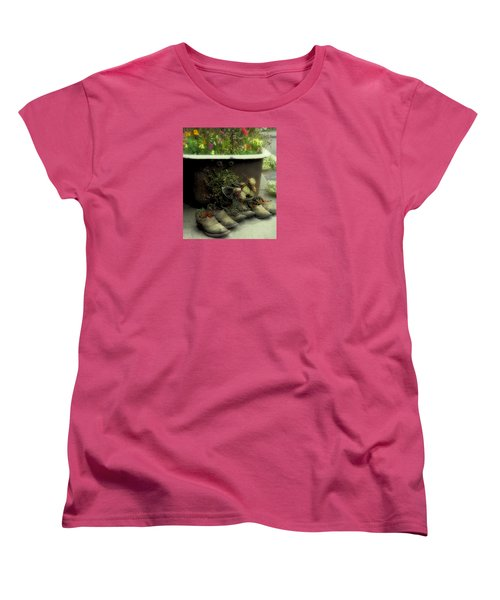 Women's T-Shirt (Standard Cut) featuring the photograph Country Day Spa by Kandy Hurley