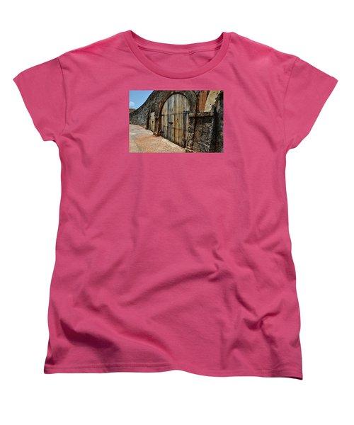 Dos Puertas Women's T-Shirt (Standard Cut)