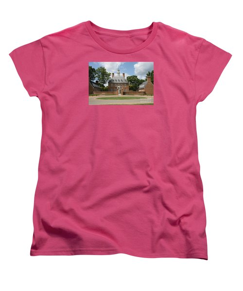 Governers Palace - Williamsburg Va Women's T-Shirt (Standard Cut) by Christiane Schulze Art And Photography