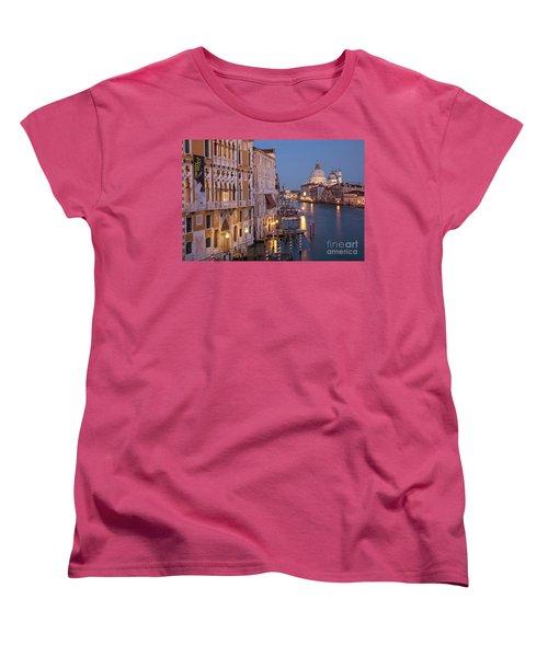 Women's T-Shirt (Standard Cut) featuring the photograph Grand Canal Twilight by Brian Jannsen