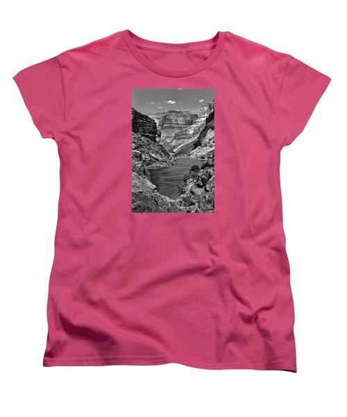 Grand Canyon Vista Women's T-Shirt (Standard Cut) by Alan Toepfer