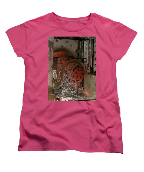 Grunge Gear Motor Women's T-Shirt (Standard Cut) by Robert G Kernodle