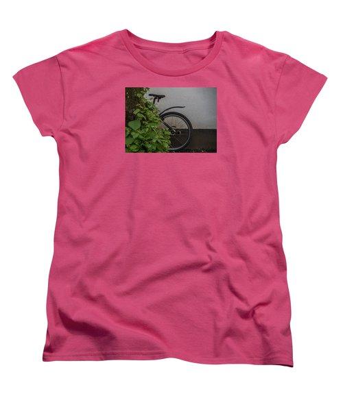 In Park Women's T-Shirt (Standard Cut) by Odd Jeppesen