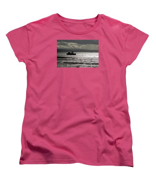 Women's T-Shirt (Standard Cut) featuring the photograph Low Tide In Isle Of Skye by Dubi Roman