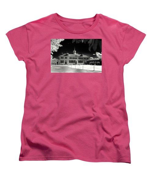 Mt Vernon Women's T-Shirt (Standard Cut) by Paul Seymour