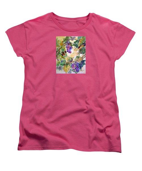 Neighborhood Grapevine Women's T-Shirt (Standard Cut) by Kathy Braud