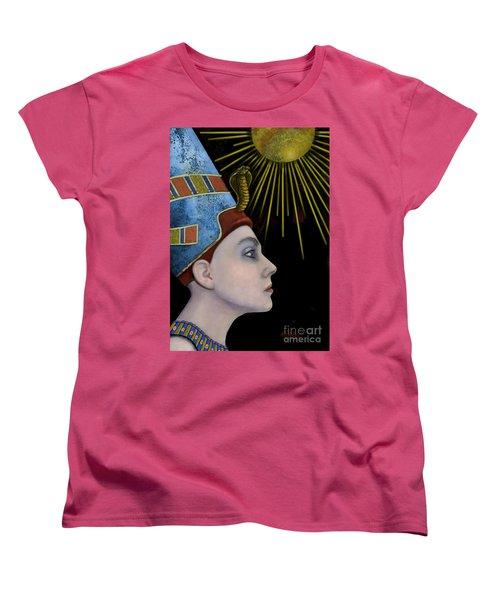 New Nefertiti Women's T-Shirt (Standard Cut) by Carol Jacobs