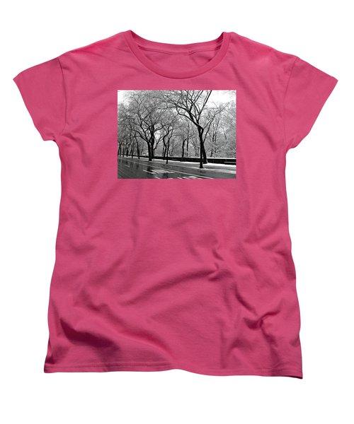 Women's T-Shirt (Standard Cut) featuring the photograph Nyc Winter Wonderland by Vannetta Ferguson