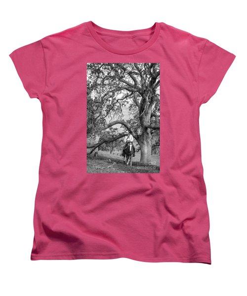 Oak Arches Women's T-Shirt (Standard Cut) by Diane Bohna
