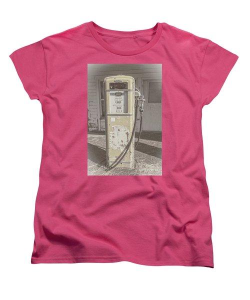 Women's T-Shirt (Standard Cut) featuring the photograph Old Gas Pump by Robert Bales