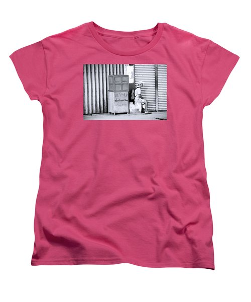 One Of 1000's Of Lonely Souls Women's T-Shirt (Standard Cut) by Jez C Self