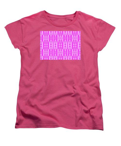 Pink Skull And Crossbones Pattern Women's T-Shirt (Standard Cut) by Roseanne Jones