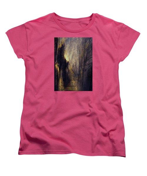 Quo Vadis  -  Memory Lane Women's T-Shirt (Standard Fit)