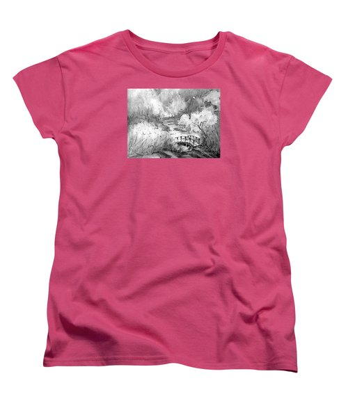 Red Top Mountain Bridge In Black And White Women's T-Shirt (Standard Cut)