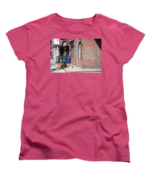 Women's T-Shirt (Standard Cut) featuring the photograph Resting On The Corner by Rob Hans