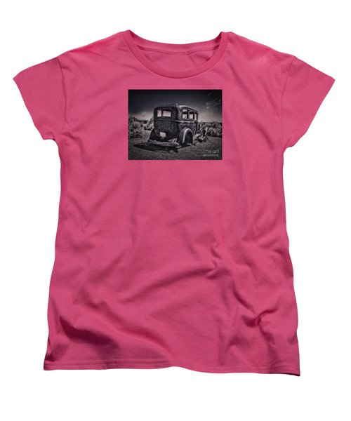 Route 66 Remembered  ... Women's T-Shirt (Standard Cut)