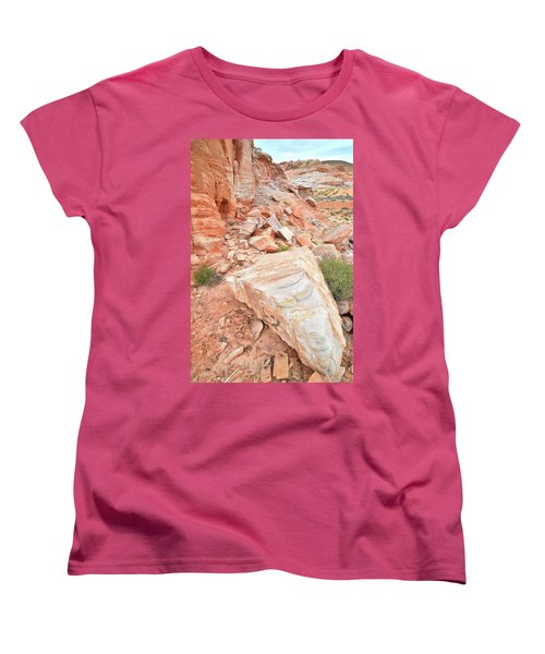 Women's T-Shirt (Standard Cut) featuring the photograph Sandstone Arrowhead In Valley Of Fire by Ray Mathis