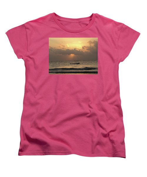 Sun Rays On The Water With Wooden Dhows Women's T-Shirt (Standard Fit)