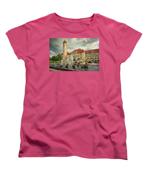Union Station St Louis Color Dsc00422 Women's T-Shirt (Standard Cut) by Greg Kluempers