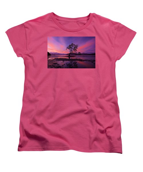 Wanaka Tree Women's T-Shirt (Standard Cut) by Evgeny Vasenev
