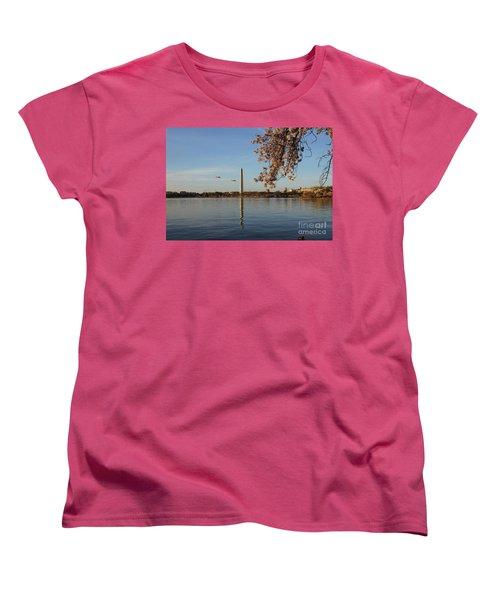 Washington Monument Women's T-Shirt (Standard Cut) by Megan Cohen
