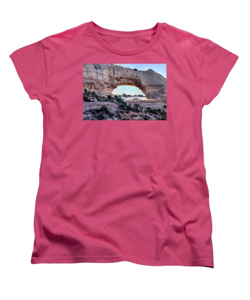 Wilson Arch In The Morning Women's T-Shirt (Standard Cut) by Alan Toepfer